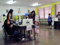 EL MUNDO: Los peruanos dan una aplastante victoria a su presidente
