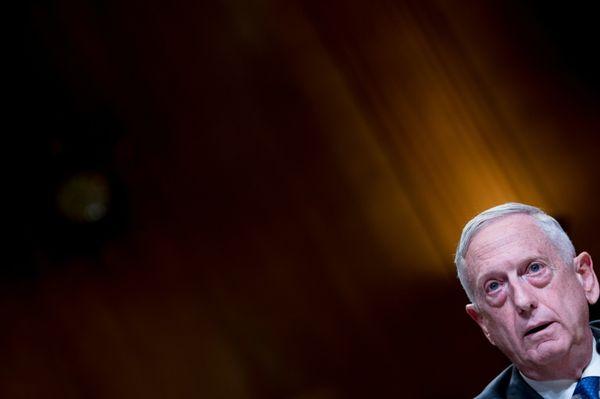 EL MUNDO: Secretario de Defensa de EEUU renuncia tras retiro de tropas en Siria
