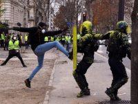 """EL MUNDO: Macron hace llamado a la """"calma"""" mientras protestas se extienden en Francia"""