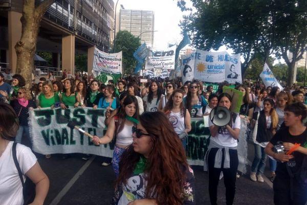JUSTICIA: Paro de Mujeres y movilización en todo el país