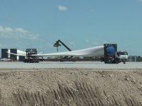 NECOCHEA: Se destraba el traslado de los molinos de viento