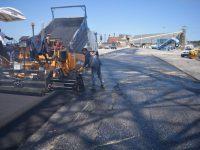 PUERTO QUEQUÉN: Mejoramiento de carpeta asfáltica en los sitios 9 y 10