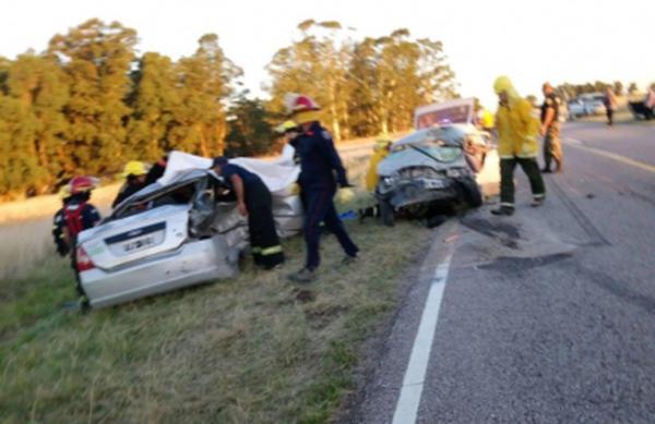 TRAGEDIA: Fallecieron 3 adultos y 2 bebés tras un choque en plena ruta