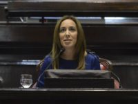 El Gobierno bonaerense otorgará un bono de 3.000 pesos pero no a los docentes