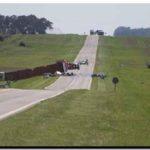 ACCIDENTE: Choque de dos camiones con derrame tóxico