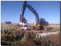LOBERIA: Continúan los trabajos en caminos rurales