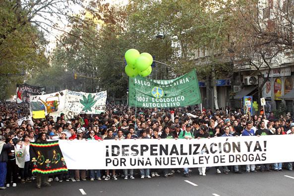 NECOCHEA: Marcha mundial de la marihuana 19