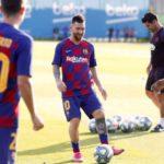 FÚTBOL: Messi vuelve al entrenamiento y apunta al Betis