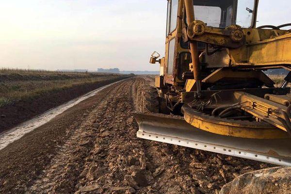 El Ente Vial Rural trabaja en la reconstrucción de los caminos del norte del partido