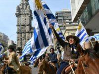 EL MUNDO: Agricultores uruguayos protestan a caballo