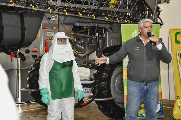 Pretenden un pronto avance en la reglamentación para la aplicación de fitosanitarios