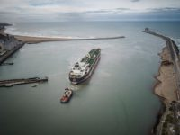 Kicillof retrocede con el impuesto a los puertos y la oposición vota el paquete fiscal