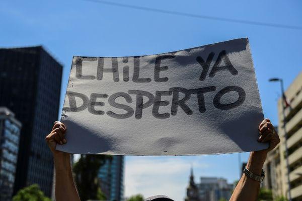 Chile pronostica un fin de año «muy malo» para su economía por crisis social