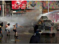 Chile respira violencia y salida a la crisis social se aleja