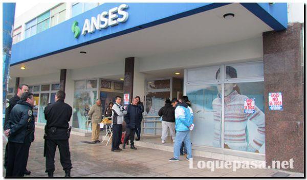 Anses suspendió el pago de las cuotas de julio y agosto de los créditos para jubilados