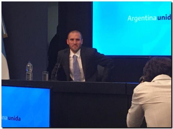 Guzmán arrancó sus reuniones con bonistas, que mostraron dudas sobre el plan