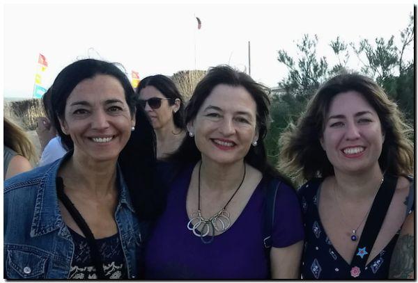 Andrea Cáceres junto a la Ministra Estela Díaz y Lucia Portos