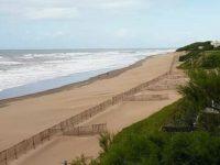 Denuncian uso ilegal de las playas frente el Barrio Médanos