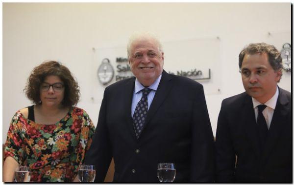 Ginés confirmó que en la Argentina «no hay ningún caso de coronavirus»