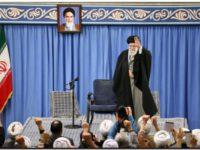 Irán responde a Estados Unidos atacando con misiles dos bases militares en Irak