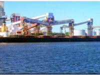 Puerto Quequén continúa mejorando sus registros de calado