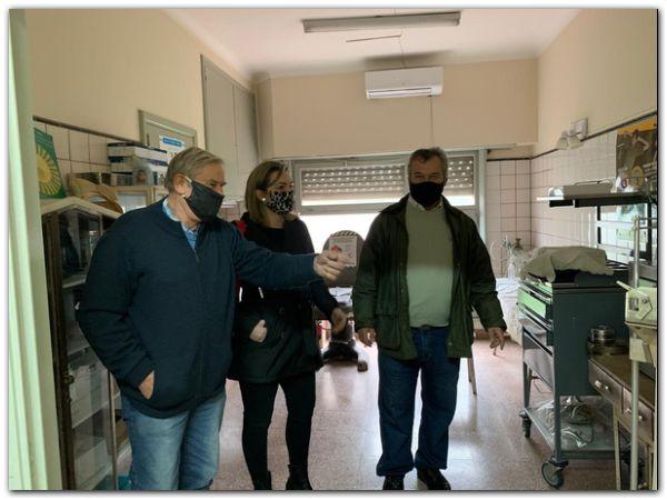 Kalle observó el estado estructural de las unidades sanitarias de Santamarina y La Dulce