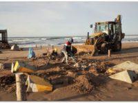 Comenzaron a reducirse los escombros del Muelle de los Pescadores