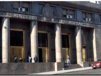 Argentina mejoró la oferta a los acreedores y continúan las negociaciones