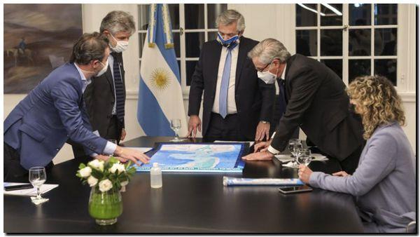 Fernández ratificó el «reclamo pacífico» por la soberanía en Malvinas y anunció tres proyectos de ley