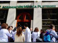 """IOMA denuncia """"extorsión"""" de médicos por no atender a sus afiliados"""